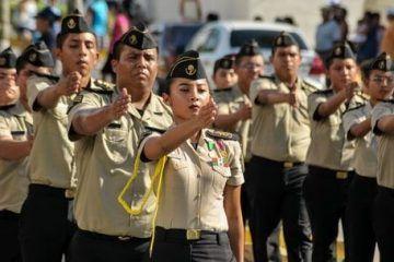 ((Fotos Escuelas)) Desfile Cívico Militar Conmemorativo del 207 Aniversario del Inicio de la Independencia de México