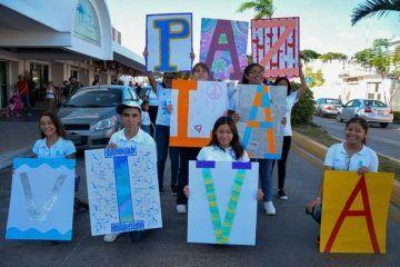 """((FOTOS)) Marchan en Chetumal como """"Ejemplo de Paz"""""""