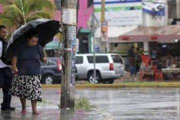 Se prepara Cancún para seguir bajo lluvias las siguientes 48 horas