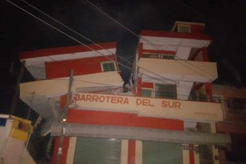Son ya 16 muertos por sismo de 8.2° en México