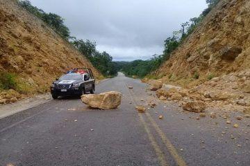 Derrumbes En Carretera