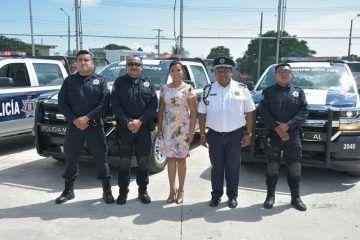 Alcaldesa recibe patrullas para reforzar la Seguridad Pública en FCP