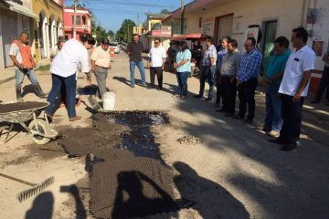 Ayuntamiento de JMM pone en marcha trabajos de bacheo emergente