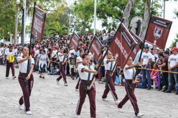 ((FOTOS))Desfile del CVII Aniversario de la Revolución Mexicana escuelas Secundarias