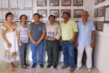 Cronistas de Yucatán y Felipe Carrillo Puerto intercambian conocimientos culturales