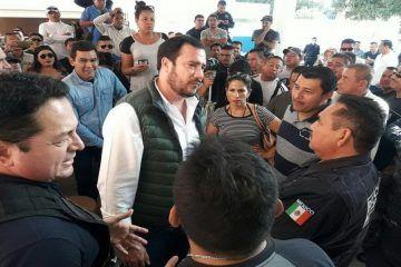 Policías de Cancún insisten en el reclamo a sus derechos laborales; amenazan con paro