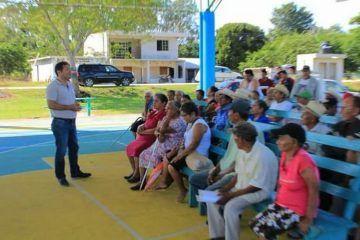 Mantiene Alexander Zetina constante visita a comunidades de Bacalar