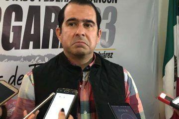 Líder municipal del PRD, 'chapulinea' a los jardines del PES