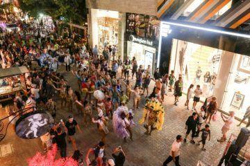 Carnaval de Playa del Carmen llega a la emblemática Quinta Avenida