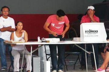 Desconfianza en la clase política, aleja a los jóvenes de las urnas electorales