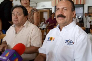 """""""Hay líderes taxistas que deberían estar en la cárcel"""": Julián Ricalde"""