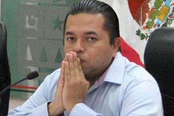 Con la candidatura perdida, Emiliano Ramos regresa a su curul en el Congreso