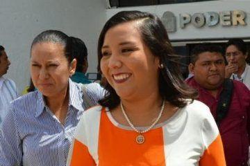 Valora Paoly Perera solicitud de licencia para contender por la reelección en FCP