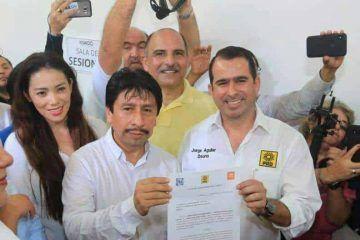 Víctor Mas Tah, pide luz verde al IEQROO como candidato de Tulum