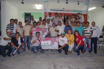 Taxistas dan espaldarazo al proyecto de Leonel Escalante