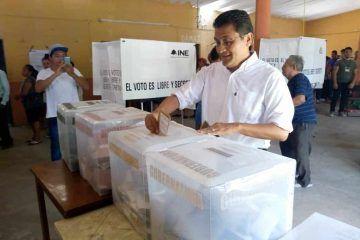 Confiado de la decisión ciudadana, vota Eufracio Osorio