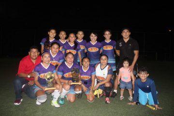 Galaxi Vivas campeonas de la Liga Municipal de Fútbol 7