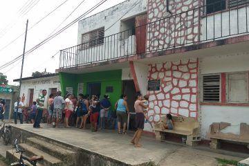 Adeudan dos quincenas a trabajadores de la alcaldía de Dziuche