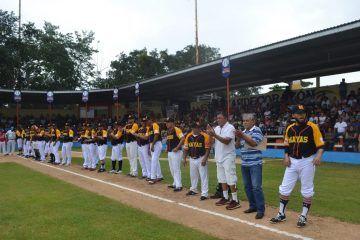 Con el grito ¡¡¡arriba los Mayas!!! Inauguran la liga de béisbol de la Capital de la Cultura Maya