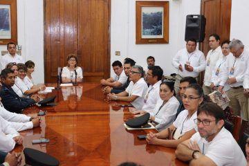 En Yucatán se premia a los ganadores del desfile conmemorativo de la Revolución Mexicana
