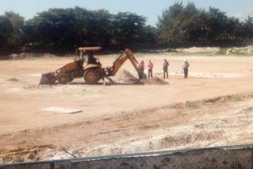 Reactivan trabajos en Playa Langosta, pese a suspensión de juez