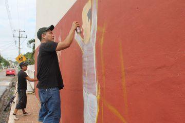 Embellecen Kantunilkín con arte urbano