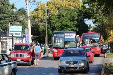 """Todavía no """"destraban"""" concesiones de transporte en Cancún"""