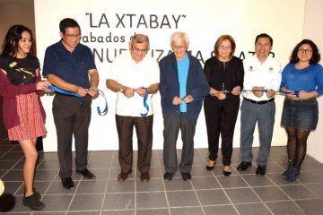 Con alegría se inauguró una exposición de grabados sobre la Xtabay