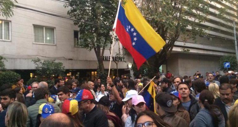 México reconoce al gobierno de Maduro ante crisis venezolana