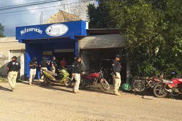 Fiscalía General del Estado realizo operativo en distintos talleres de moto servicios