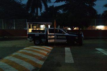 Amanecen con narco manta en Felipe Carrillo Puerto