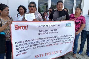 Manifestación pacífica de maestros en apoyo a Modesta Ucan Chi