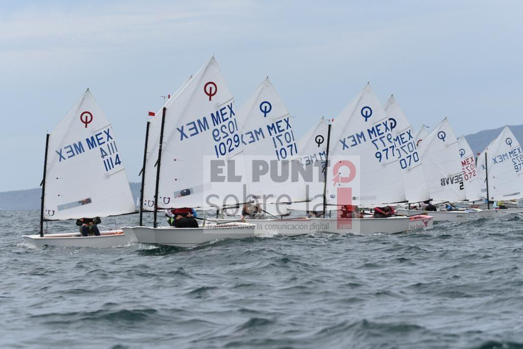 Quintanarroenses clasifican al mundial de Optimist de Italia 2020