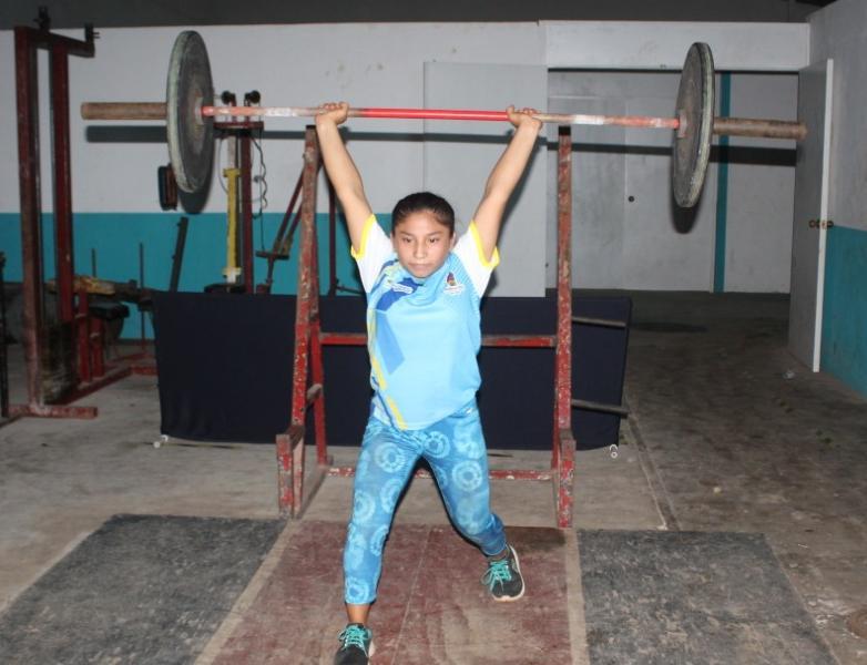 """Joven morelense medalla de bronce en el """"Campeonato Mundial Juvenil Sub-17-Online"""""""