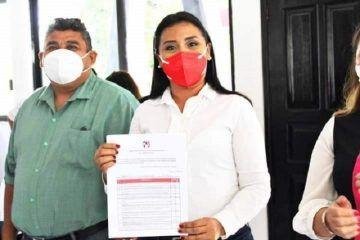 Paoly Perera, va fuerte por la Presidencia Municipal de FCP; solicita licencia