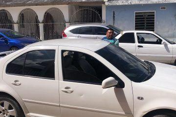 Intensa movilización policíaca tras reporte que un vehículo perseguía a un funcionario municipal