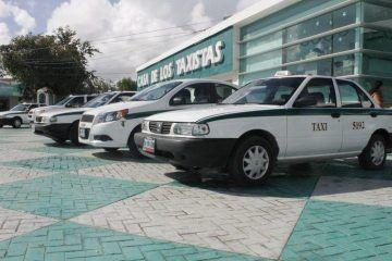 "Reciben constancias candidatos de 3 planillas que contenderán por el sindicato de taxistas ""Andrés Quintana Roo"""