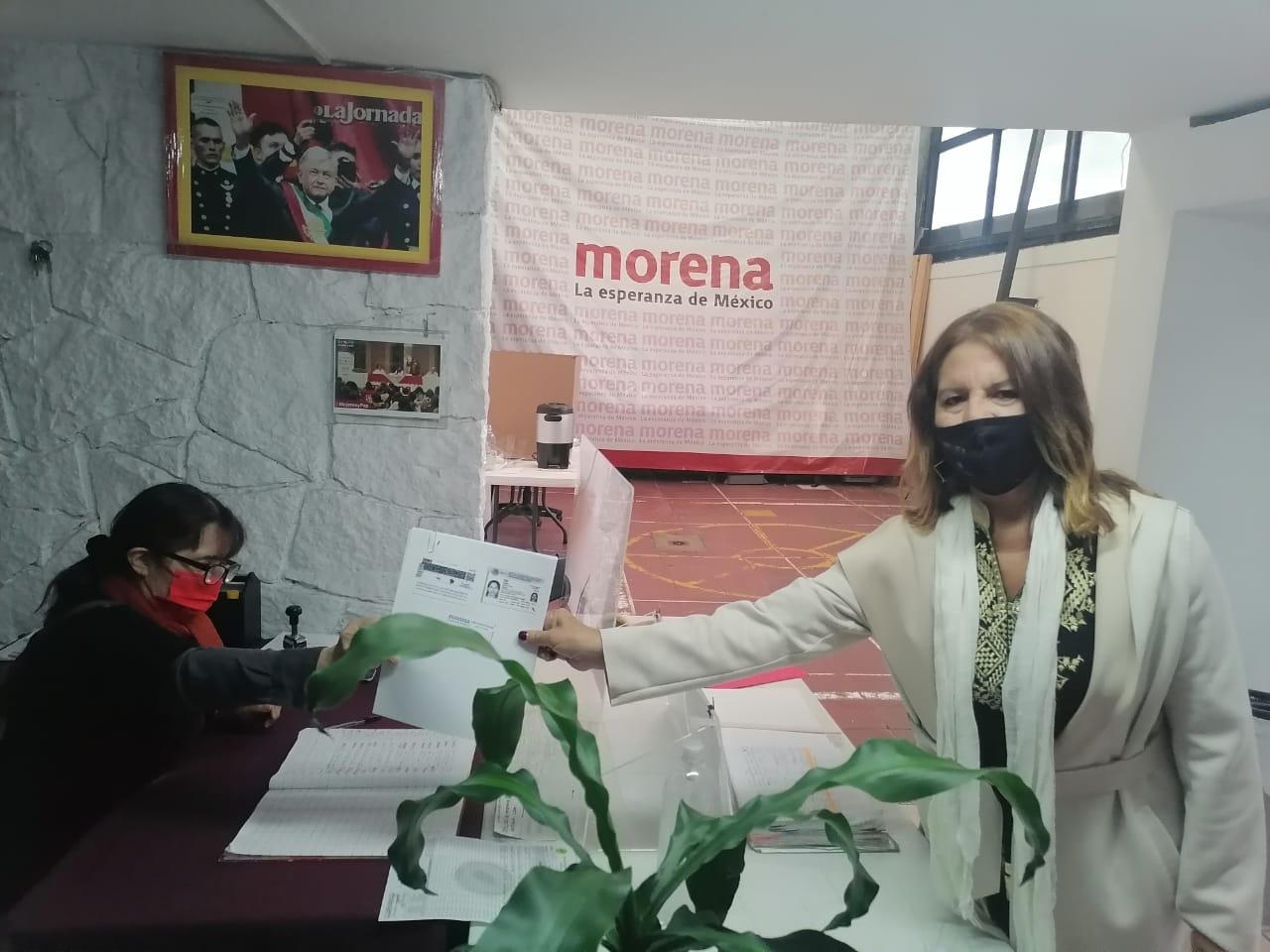 Vamos contra la corrupción, afirma Sonia López, al inscribirse a candidatura de Morena